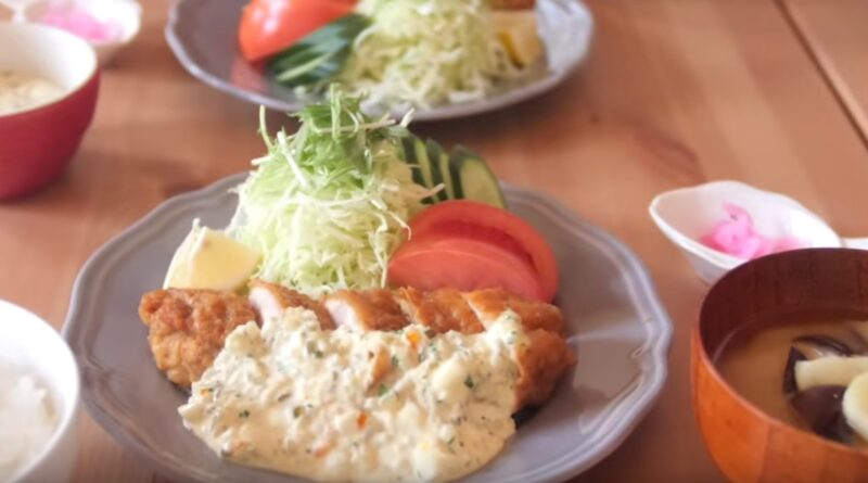 Japanese-Fried-Chicken-with-Vinegar-and-Tartar-Sauce